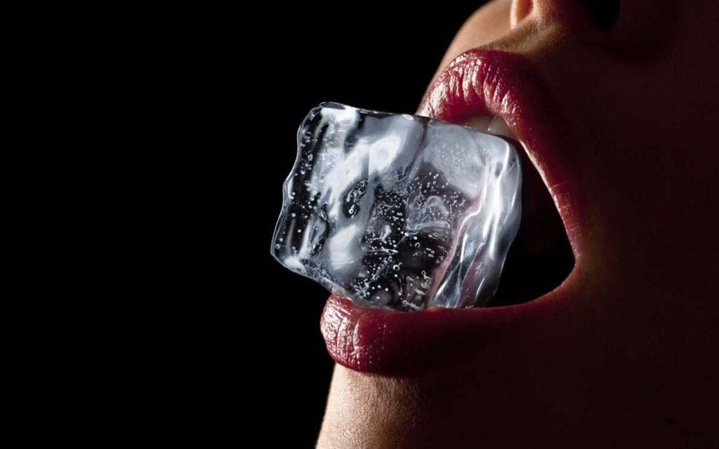 """Эротический массаж со льдом. """"Холод и огонь"""""""
